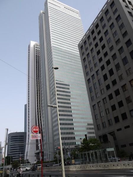新宿警察署、野村ビル、損保ジャパンビル