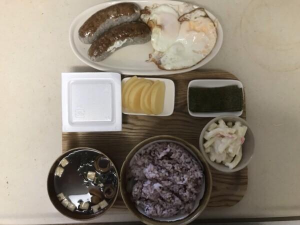 自作ソーセージエッグ定食