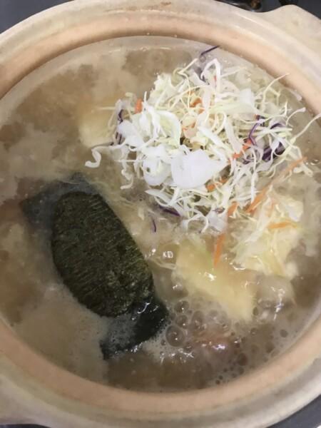野菜と海苔を入れます